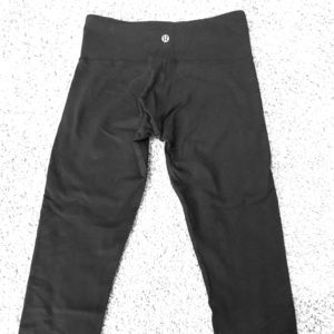 Lululemon Wunderunder black pants